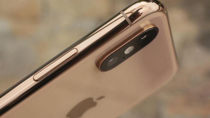 iPhone en color dorado del tiene distintos precios en el mercado
