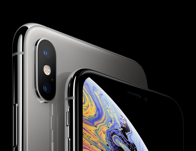 Parte superior de iPhone XS color negro