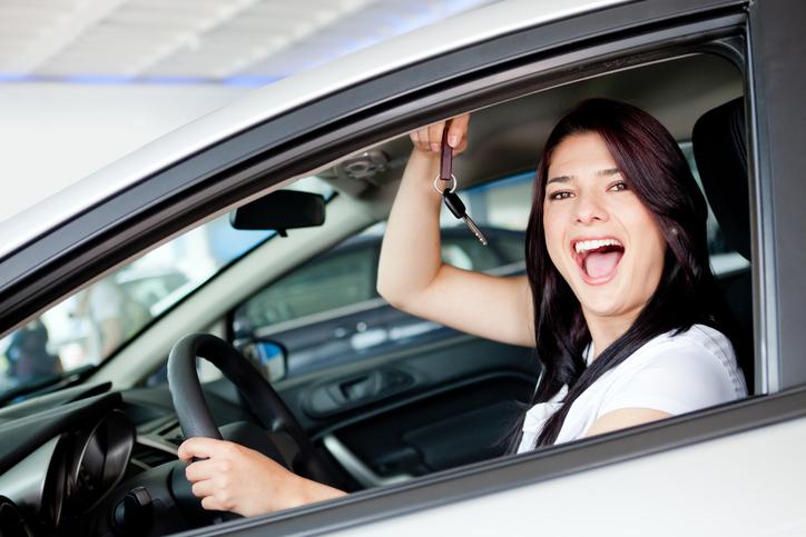 Ahorra al comprar carro nuevo con un préstamo