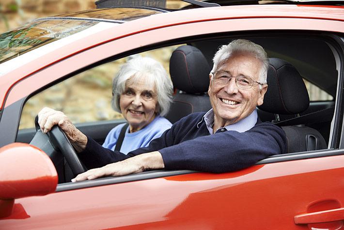 Cómo ahorrar en la aseguradora como adulto