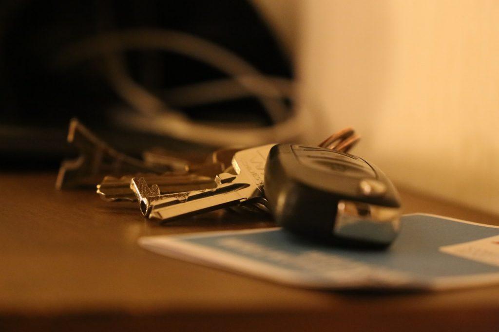 llaves de un automóvil nuevo