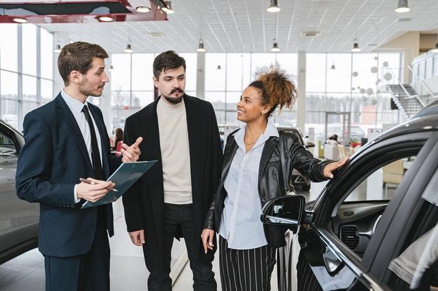 Consejos al comprar un auto nuevo